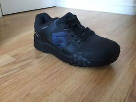 Five Ten Impact Low MTB Shoes size 9 (43)