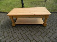 Solid Natural Pine Coffee Table (Un-Varnished)