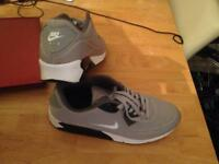 Air max unusual colour. Grey. Very comfortable only wore them once but not my size. They are size 9