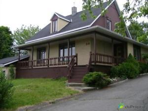 184 000$ - Maison 2 étages à vendre à Amqui
