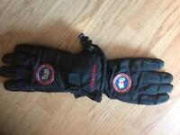 Canada goose gloves - brand new