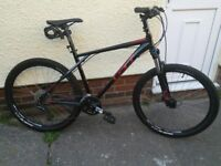 GT Avalanche Comp mountain bike, hardly used, 27.5 wheels, black, heads up kit fitted, vgc