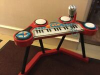 Early learning centre keyboard with stand