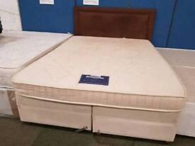 dunlopillo king size mattress and Divan Base