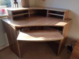 2x Wooden Corner Desks