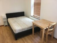 Newly refurbished studio flat with open plan kitchen near Vauxhall/Oval tube includi gas and Wi-Fi.