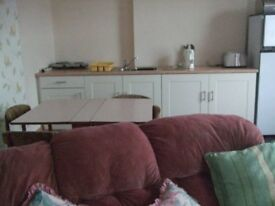 Furnished rooms to let with large shared lounge dining kitchen and bathroom in private house