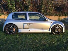 Renault Clio V6 - Ultra Rare 2001 - Urgent Sale Bargain
