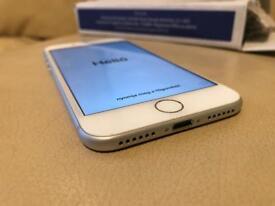 BRAND NEW UNLOCKED Apple iPhone 7 128GB silver