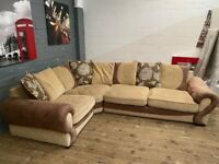 NICE SCS LARGE CORNER SOFA VERY NICE REALLY COMFY CAN DELVIER