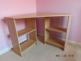 Corner Desk beech effect