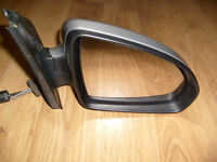 Smart car wing mirror from 2010 passion plastic has damage mirror and silver fine