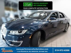 2017 Lincoln MKZ Select ***One owner, AWD***