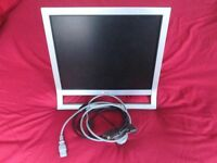 "SONY 19"" 4:3 VGA / DVI MONITOR, CABLES INCLUDED"