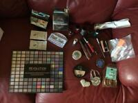 Large make up and accessories bundle brand names and amazing bargain! C pics 4 all items
