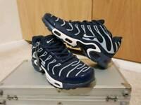 Size 7 Nike Trainers (TN's)