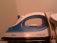 Philips Comfort 215 steam iron in excellent condition.