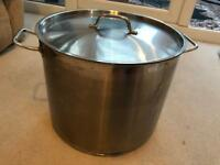 Gen Ware professional large 18/10 stainless steel stockpot/cooking pot 32cm wide