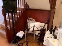 ACOUSTIC GUITARIST/SINGER