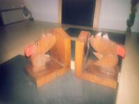 2x Wooden Bird Bookends