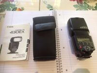 Canon 430EX Flashgun with pouch, as new