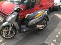 Piaggio 125 scooter