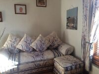 LOVELY....IMMACULATE.....COTTAGE STYLE SUITE FOR SALE.
