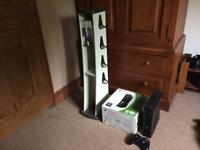 XBOX 360 SLIM 250GB - STAND - BOX - GTA5 - COD - ALL WIRES