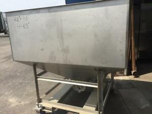 Food Processing Equipment Portable  Hopper  with  SPX 034 U1  Pump
