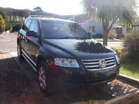 TOP OF THE RANGE VOLKSWAGEN TOUAREG WITH HIGHEST FACTORY SPEC FOR SALE