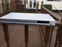 Pioneer DVD player DV 370 - Inc remote & leads