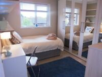 2 Rooms to rent in a 4 bedroom shared accommodation. Thamesmead SE28