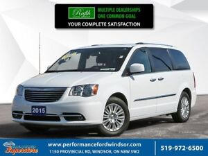 2015 Chrysler Town & Country LIMITED *** NAV, DVD, SUNROOF ***