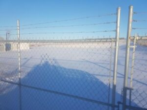 Fenced 1 acre commercial yard for rent