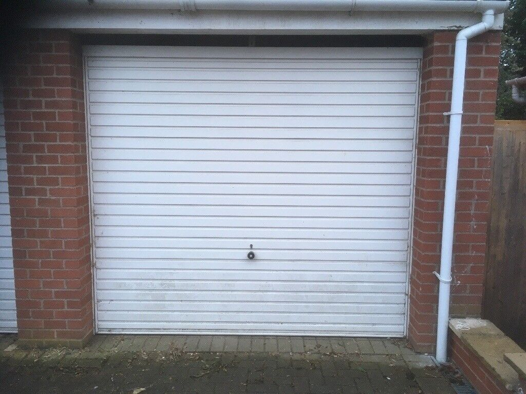 Hormann Up And Over Series 2000 Garage Doors In Cambridge
