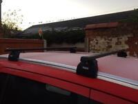 Thule roof bars and footings