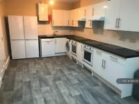 7 bedroom flat in Marsh Street, Bristol, BS1 (7 bed) (#958593)