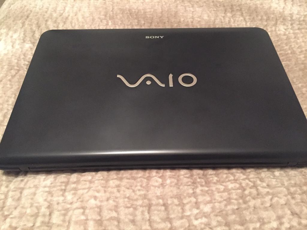 "Laptop Sony vaio black 15"" as new perfect"