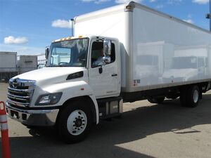 2014 Hino 338 - 24 Ft Dry Van Body, Ramp, 3000 lbs Lift Gate