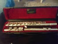 Yamaha sliver plated flute 211 SII