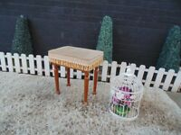 BEAUTIFUL SOLID PINE DRESSING TABLE STOOL VERY SOLID STOOL AND IT'S IN EXCELLENT CONDITION