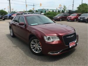 2017 Chrysler 300 TOURING**PANORAMIC SUNROOF**NAVIGATION**