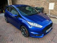 2015 Ford Fiesta ST2 (like new condition)
