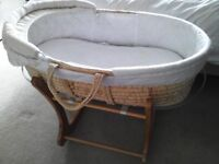 Moses basket with stands, one rocking and one static
