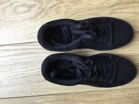 New Look black wedge, suede effect plimsoll size 2 UK, EUR 35, excellent condition