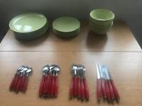 Plates, bowls & cutlery