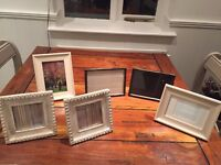 6 picture frames - 2 each style