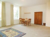 Bright & Spacious 1 Bed Flat In Secure Gated Development In Battersea Square Ideal For Couple