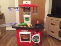 Children's kitchen set with accessories and working lights