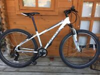 "Carrera Valour unisex hybrid mountain bike. 15"" frame. 27.5"" Wheels. Fully working"